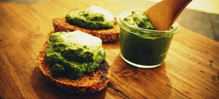 Ejemplo de kale cocinado en paté. Extraído de Vogue.